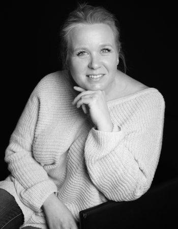Hélène JARRY