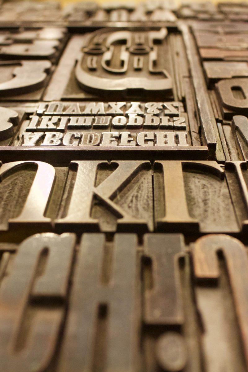 Typographie Sépia